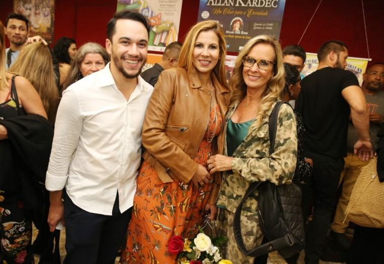 Vinicius Belo, Carla Daniel e Helo Pinheiro ((Foto: Alessandro Mendes)