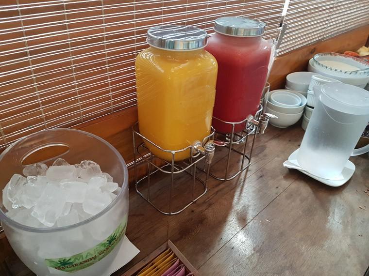 Casa Carandai_cafe da manha 3